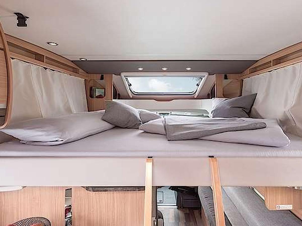 wohnmobil mieten in dresden sachsen. Black Bedroom Furniture Sets. Home Design Ideas